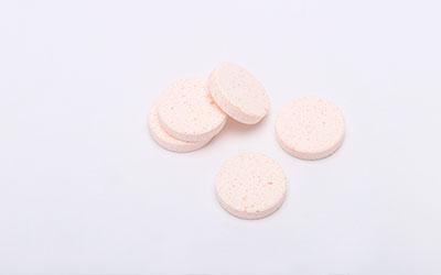 身体上有白色斑点用什么药治疗